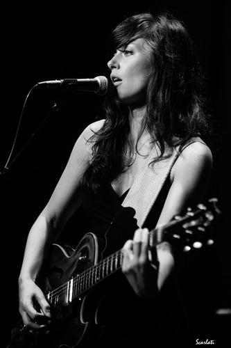 Lera Lynn: photo by Anthony Scarlati